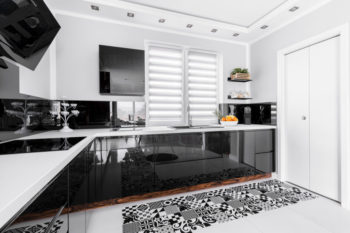 White shining kitchen